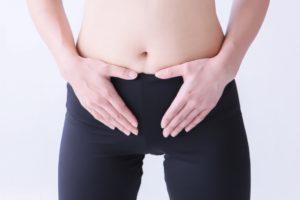 産後骨盤強制の方法をご紹介、産後の骨盤強制は正しい方法で行いましょう。